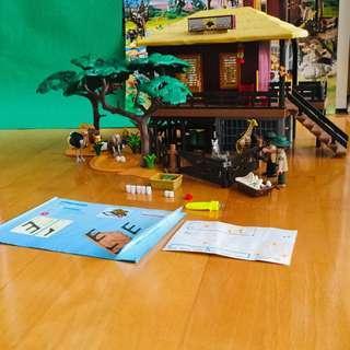 Playmobil Pirate and Animal Station Set