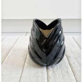 Ceramic Vasr