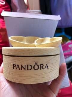 Pandora仿木制紋陶瓷音樂盒(可放首飾於兩心)