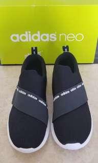 sepatu adidas neo black
