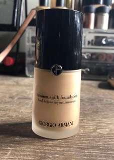 Giorgio Armani Luminous Silk - 6.5