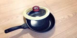 韓國製造28cm平底鍋