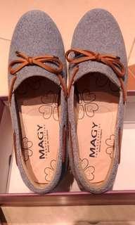 🚚 MAGY休閒鞋