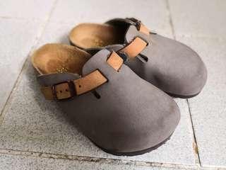 小童birkenstock 涼鞋