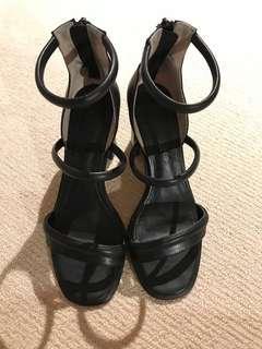 Tony Bianco Heels 6.5