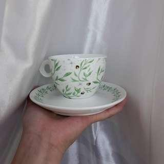 faecrate the wicked king teacup and saucer