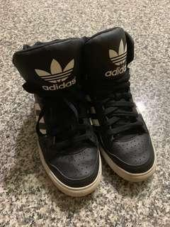 二手✨adidas高筒鞋