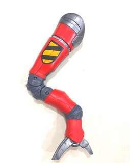 BAF SP//DR Left Leg from Marvel Legends Elektra