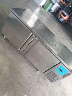 2 door under counter chiller - Commercial kitchen equipment