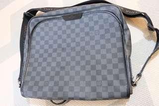 Tas Sling Bag Louis Vuitton Damier graphite 2012