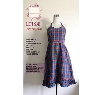 chekered dress