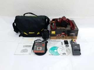 NIKON D3200 with 18-105mm VR Lens, Red Limited Edition, 24MP CMOS Sensor, Full HD 1080P, Full Set