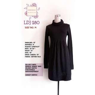 long black top/dress