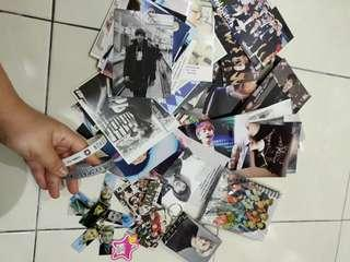 EXO PHOTO NOTEBOOK CARDS KEYCHAIN BRACELET