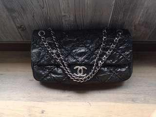 🚚 Authentic Chanel Large Flap