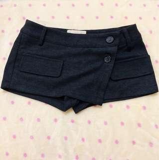 黑色毛呢短褲裙(二手出清)