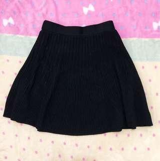 🚚 黑色針織條紋短裙(二手出清)