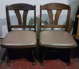 Mahogany solid hardwood swivel chair
