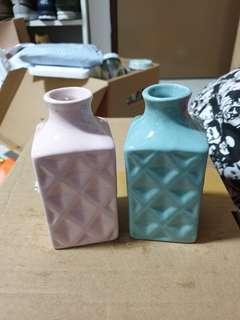 🚚 Decorative Flower Vases
