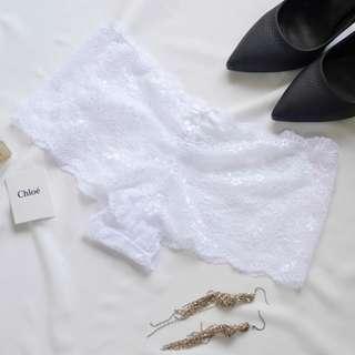 大片柔軟蕾絲透膚性感低腰平口褲 內褲 白色.UnderWar歐美風格DE08純白
