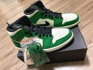 🚚 Air Jordan 1 Mid Pine Green