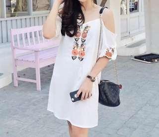 White Summer Dress / Dress Putih