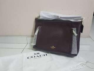 🚚 Coach Leather Bag