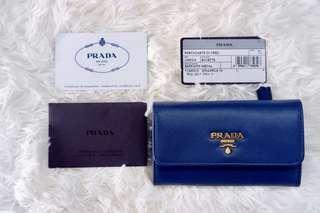 🚚 Prada Saffiano Card Holder