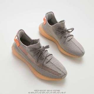 🚚 Adidas Yeezy Boost 350 V2 Static