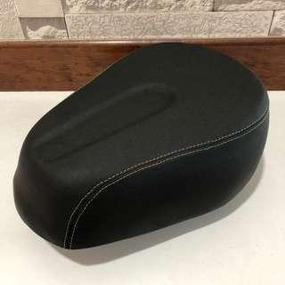 Large Padded Fiido seat