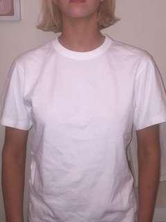 Uniqlo U t shirts
