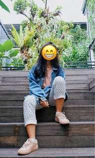 High waits jeans