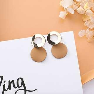 🚚 BN Gold and Nude Ring Earrings