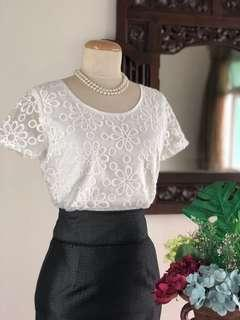 Top (SALE) - White Floral Lace Short Sleeves Top