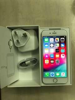 🚚 Used iPhone 6 64GB as good as new