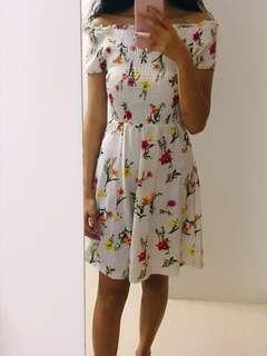 Off Shoulder Gathered Floral Printed Dress