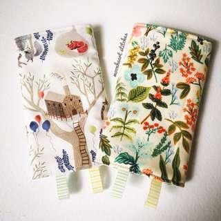 *preorder* Baby Carrier Drool Pads (floral cream with woodlands white)
