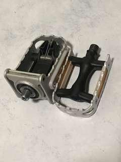 Foldable Pedals from Brompton