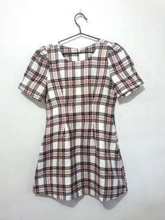 Short plaid dress