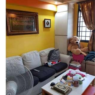 Nicely Renovated 3 room standard Blk 98 Commonwealth Crescent.