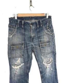 Levis Cargo Jeans Distress Design