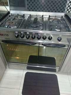 Gas Modena 5 Burner + Oven