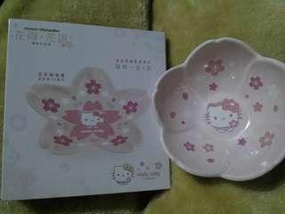 情人節限量版Sanrio Hello Kitty櫻花花形陶瓷碗+碟 一套