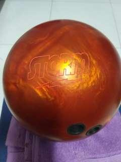 Storm fever pitch 14lbs bowling ball