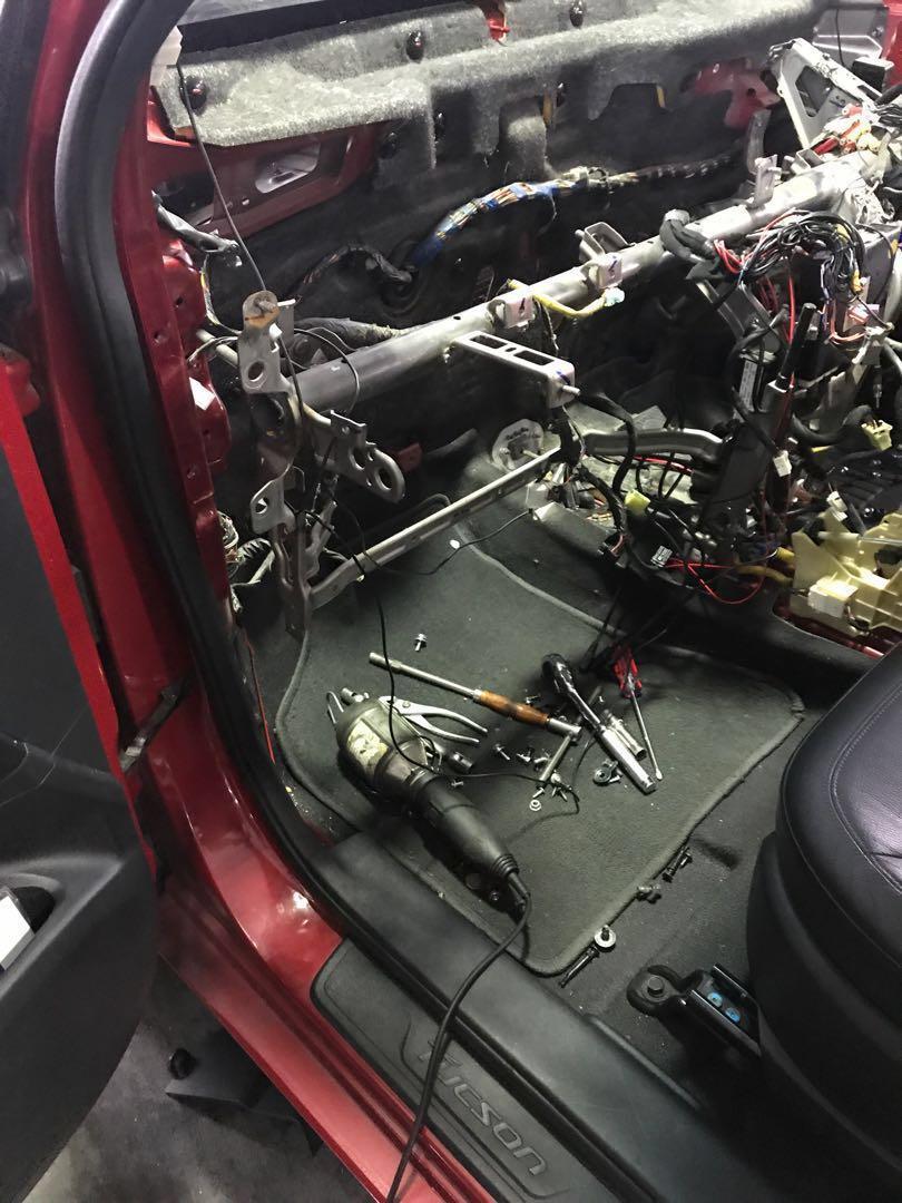 Car air con service Hyuidai Tucson replace air con cooling