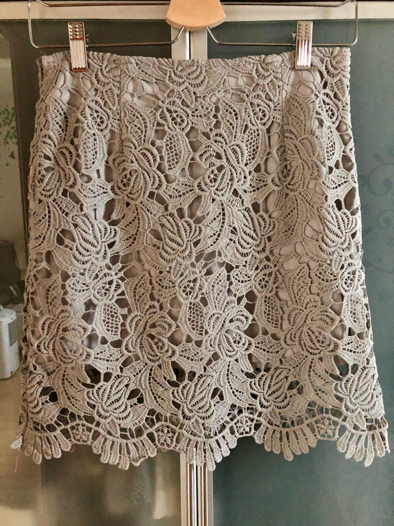 Grey Lace Skirt 灰色喱士裙