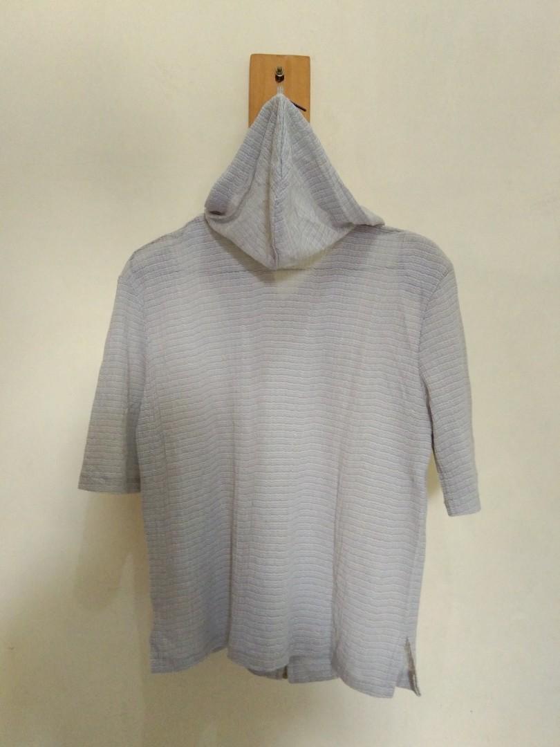Grey Top with kupluk😍