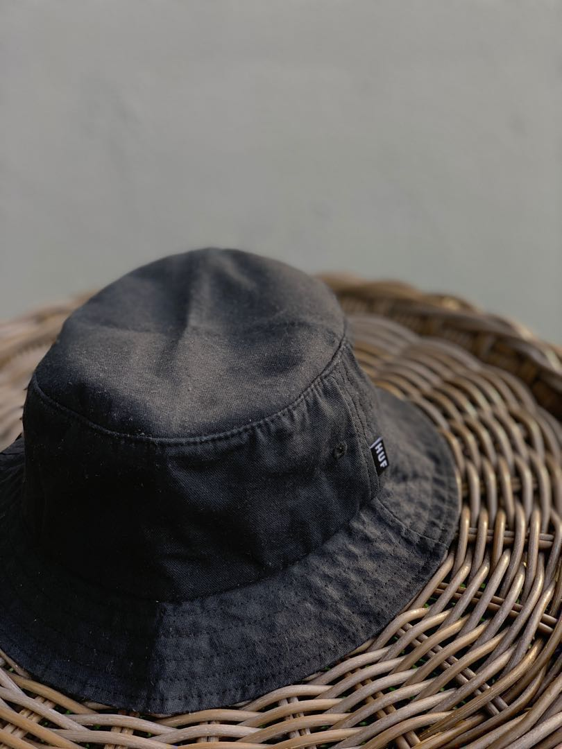 d9ef473a058722 HUF Canvas Bucket, Men's Fashion, Accessories, Caps & Hats on Carousell