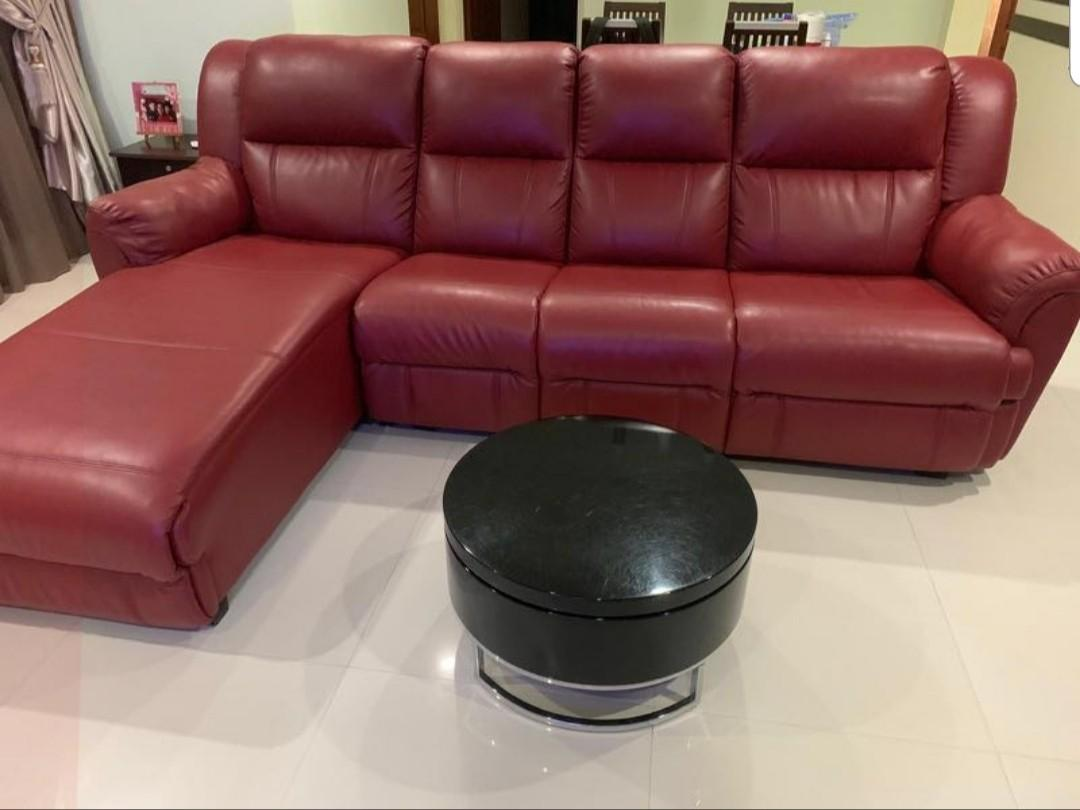 Leather Sofa With Coffee Table