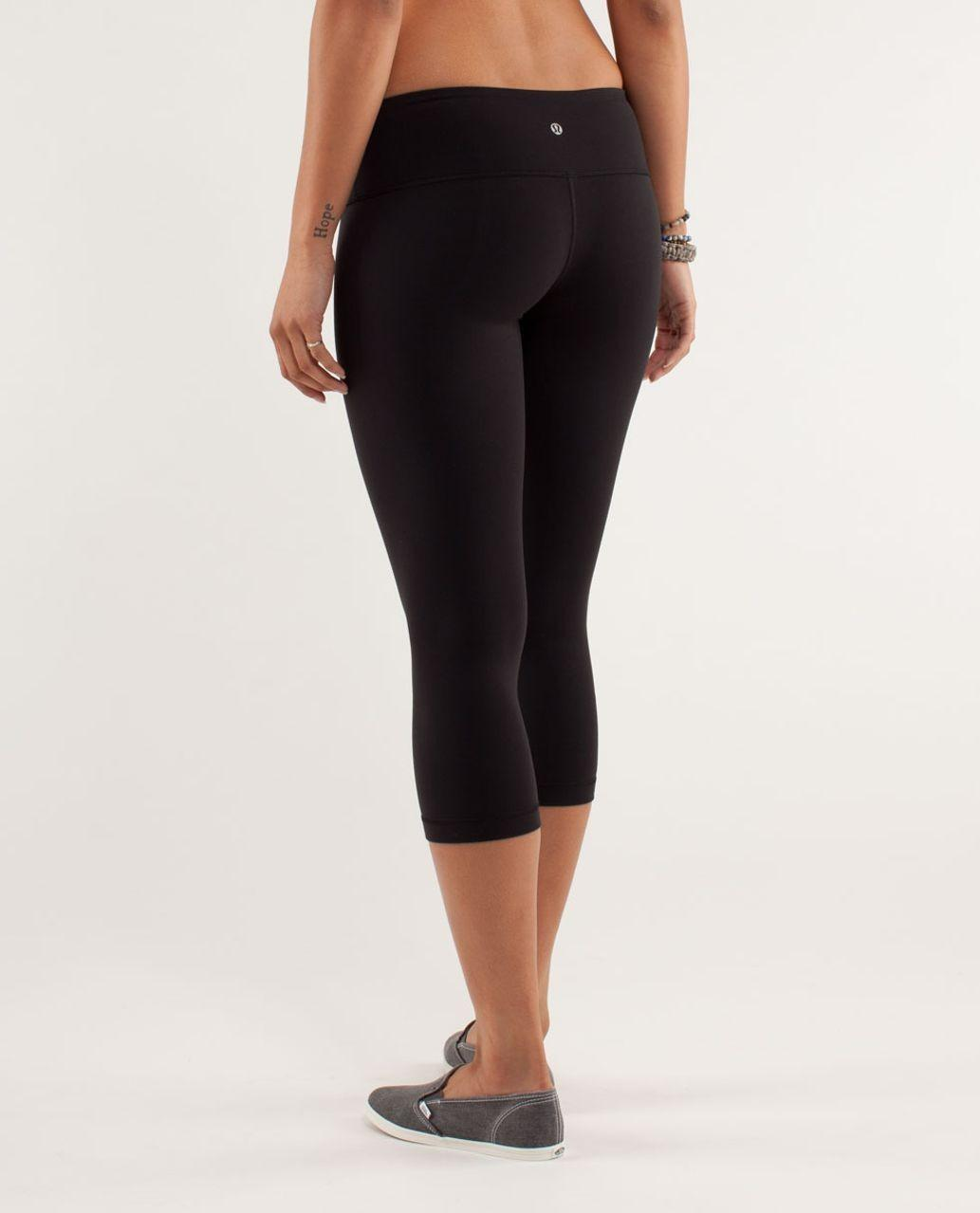 Lululemon Black Wunder Under Crop Leggings #SwapCA